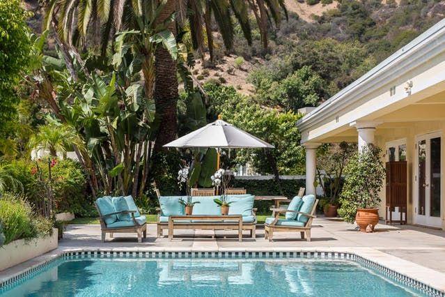 Bridget Jones Author Helen Fielding Lists LA Home for $3.5 Million   Apartment Therapy