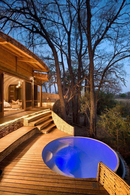 jacuzzi extérieur - safari-lodge par Michaelis Boyd et Nick Plewman - Delta de l'Okavango, Bostwana