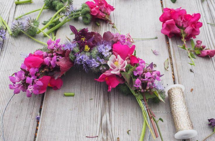 Jeg viser hvordan du kan lage de fineste blomsterkranser selv!