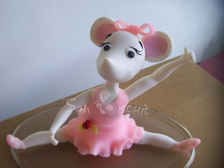 14 best angelina ballerina cake images on pinterest for Angelina ballerina edible cake topper decoration sale
