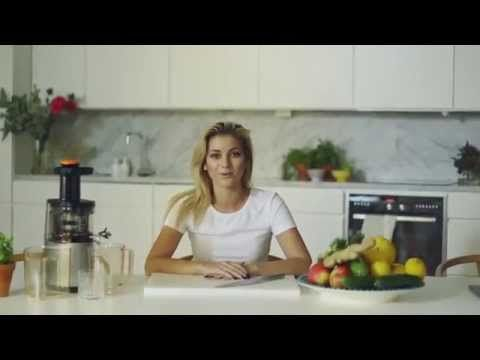 Få bättre immunförsvar med Michaela Fornis hälsodrink - YouTube