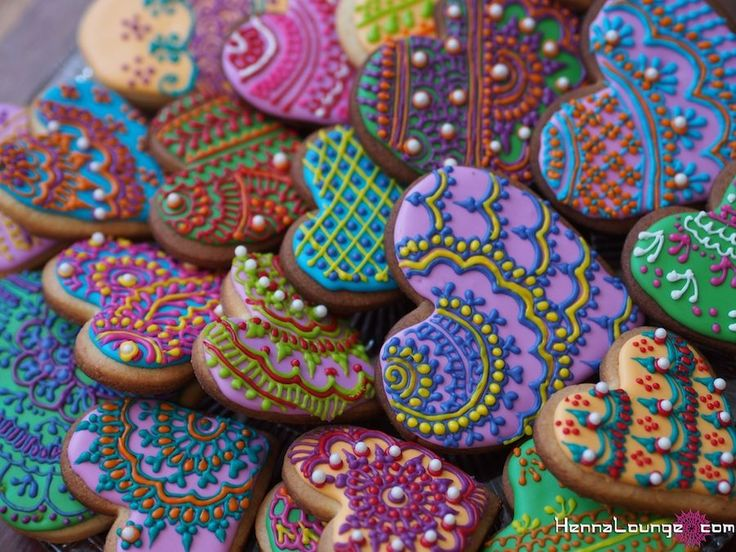 Mehndi Cake Pops : Best images about indian mehndi henna cookies on
