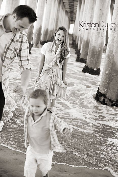 lovin' these family portraits on the beach #family #photography #beach kristendukephotography.com