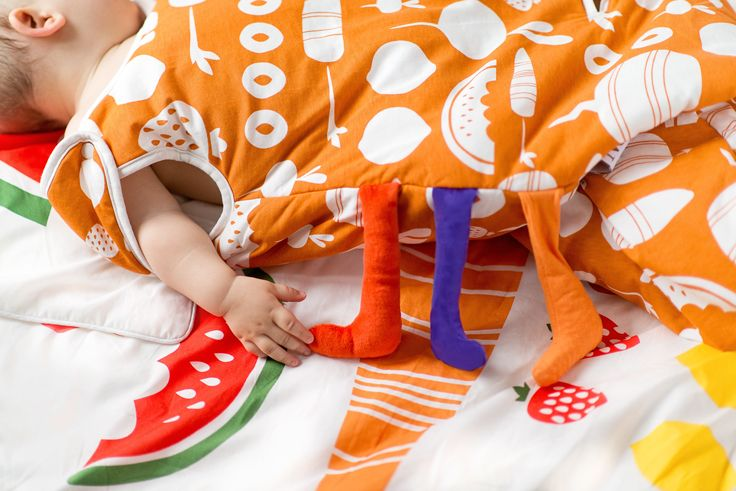 Sleeping bag Watermelon  #baby_room_ideas #modern_baby_room #baby_room #kids_room #newborn_sleeping #designer_baby #pokoik_dziecięcy #pościel_dziecięca #pościel_dla_dzieci