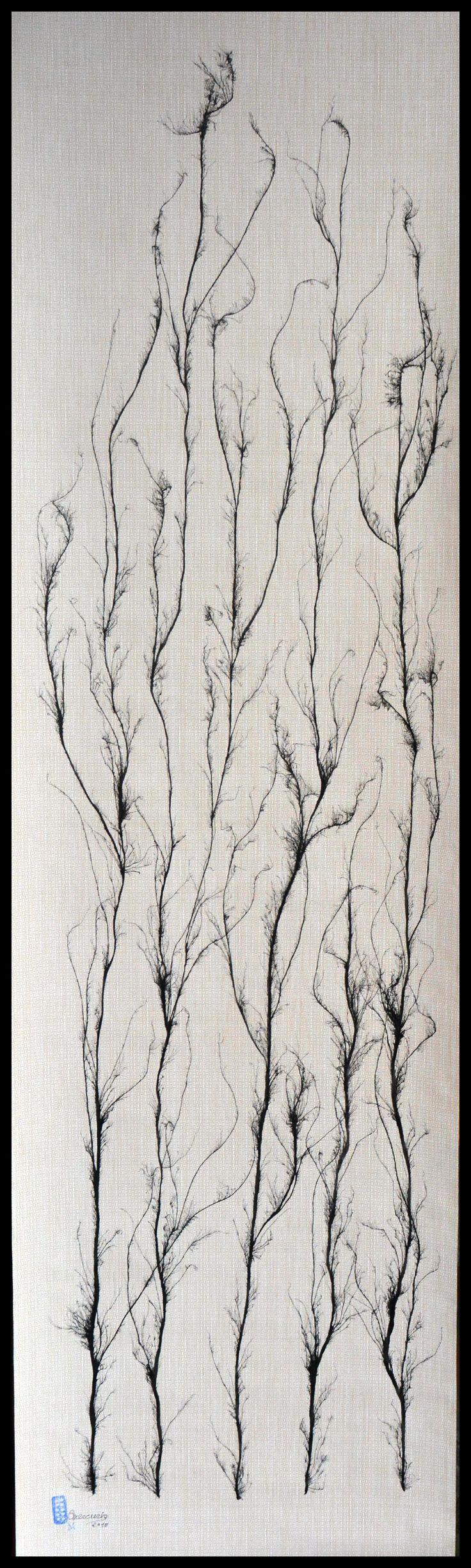 """FICHA TECNICA DE LAS OBRAS """"ARBOLES QUE MIRAIS AL CIELO"""" Nº5  La obra esta realizada con Tinta China al estilo de la escuela del sur de China, también conocida como """"pintura sin huesos"""" (pintura sin contornos). Autor: Mercurio Marin Soporte: Papel pintado. (150gr) Medidas:  Alto.-180cm  Ancho.-52cm Precio: 90€ Gasto de envío a la Península: 9€ (otros preguntar) Forma de pago: Contra reembolso Se envía en tubo de cartón rígido. Certificado de Autenticidad y Pieza Única."""
