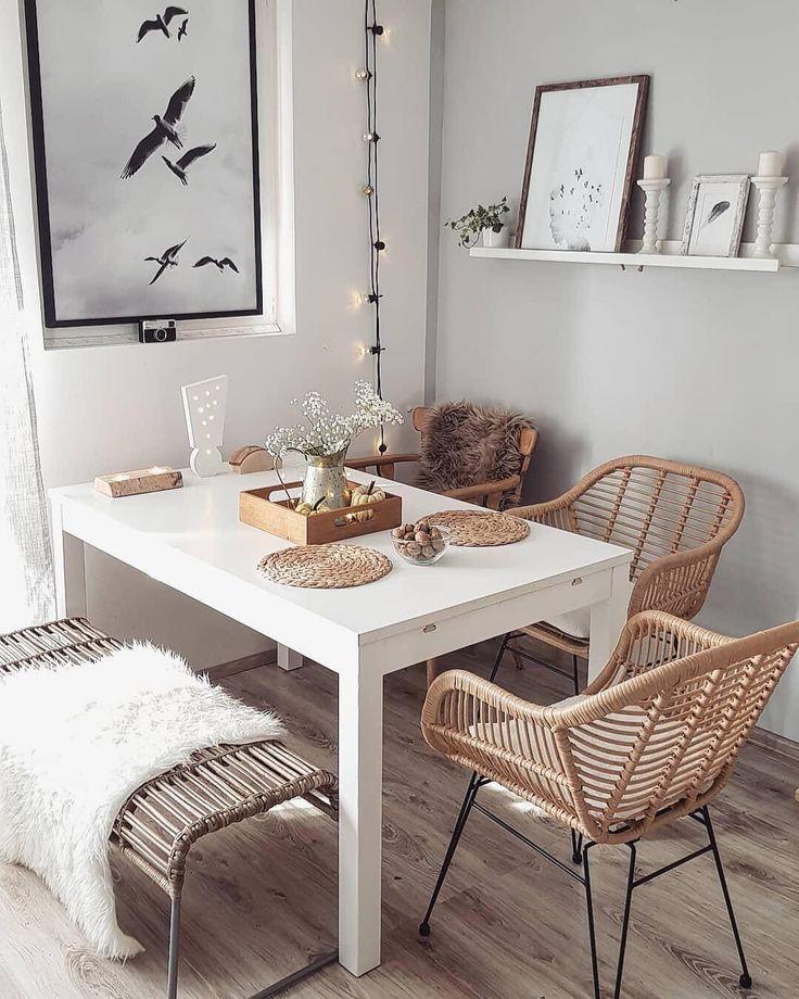 Table Setting Natural Il Rattan E Il Pelo Declinati In Versione Autunnale Ricreatelo A Casa Vostra Dining Room Small Apartment Dining Room Dining Room Design