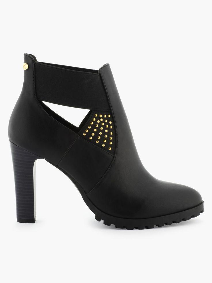 Boots hauts à clous dorés