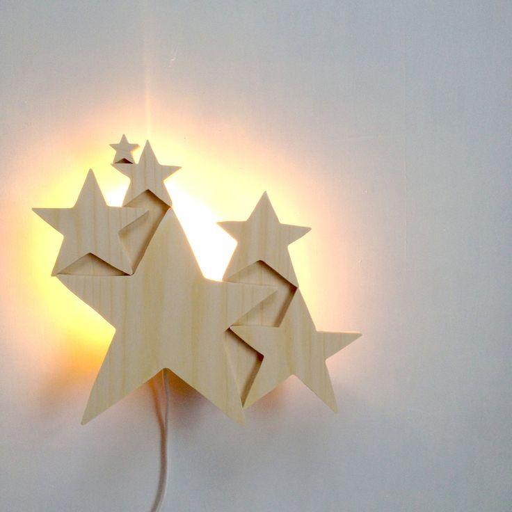 Lampe Etoiles. Copyright CREME ANGLAISE.