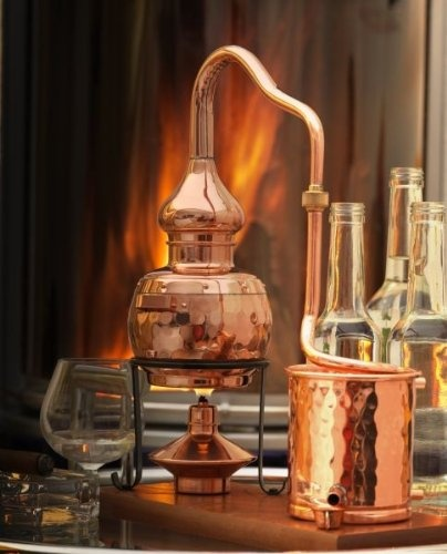 Schnapps Destille