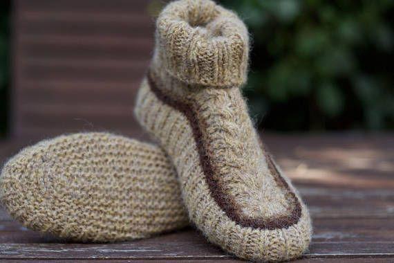 Pantoufles en tricot chaussettes chaussons de laine marron