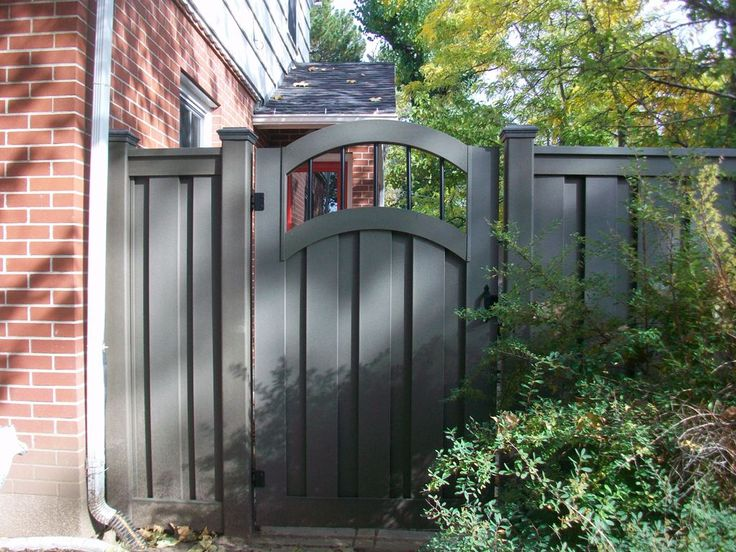Decorate Gate - composite fencing gate   trex composite fence and gates