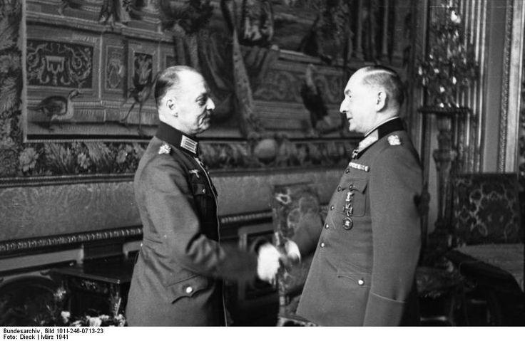 Frankreich,Dienstjubiläum Erwin von Witzleben en Feld Maréchal Von Rundstedt.
