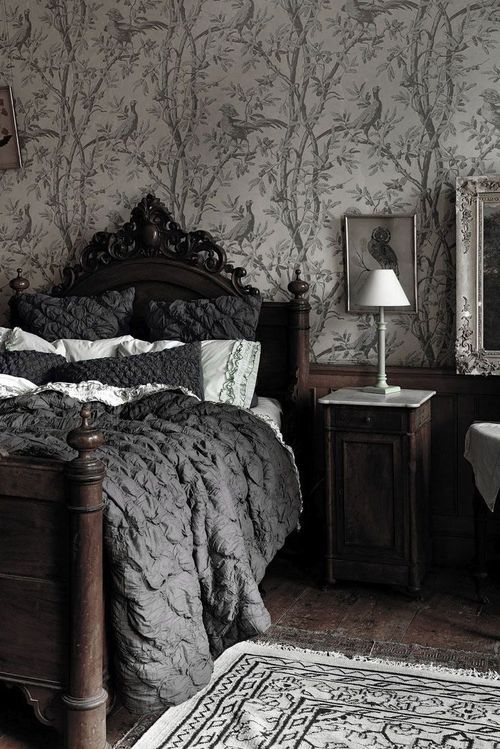 Best 25 Gothic Bedroom Ideas On Pinterest