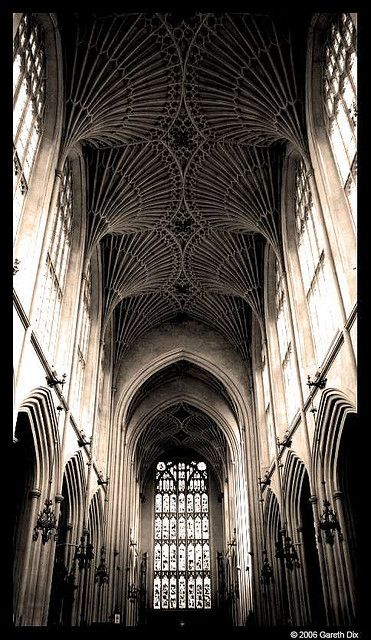 Gothic architecture of Bath Abbey, UK CLICK THE PIC and Learn how you can EARN MONEY while still having fun on Pinterest