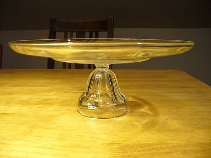 Cheap Cake Stand Tutorial