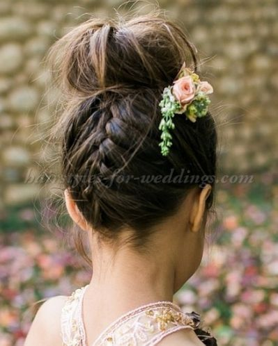 25 best Flower girl hairstyles ideas on Pinterest  Communion hairstyles Flower bun and Girl