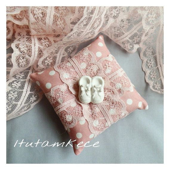 Set of 10 Lavender Sachets  Baby Shoes Scented Stone by 1tutamkece