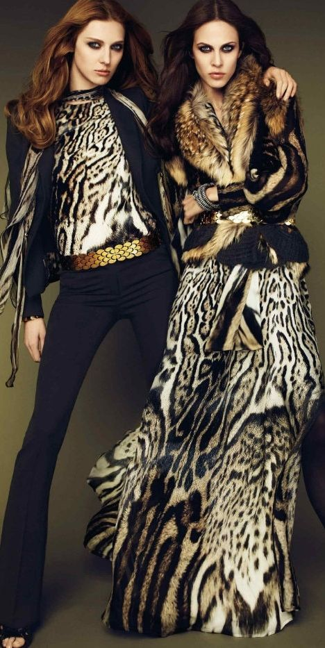 Roberto Cavalli. Gold, plains and animal prints fused into fierceness. The style on the right. I WANT