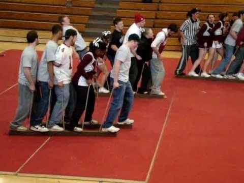 meet the players pep rally game