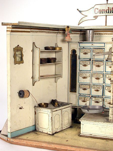 "Verkaufsladen ""Conditorei von Märklin""  um 1900-1905, dieser wunderschöne Conditorei-Verkaufsladen — Spielzeug, Puppe, Puppenstube, Steiff, Blech, Blechspielzeug, Märklin, Eisenbahn, Spur 0, Teddy"