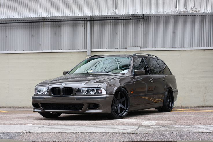 LS-swapped 6-speed e39 wagon!