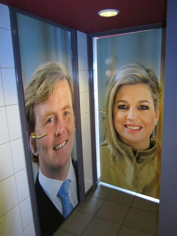 wc-deuren-het-konings-huys-delft.jpg 600×800 pixels