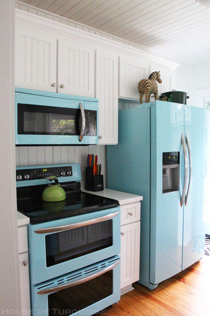 turquoise kitchen appliances   Mo's Pink Zebra Cottage - Tybee Island, GA