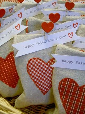 Valentine Goodie Bags. (1) From: That's My Letter (2) Follow On Pinterest > Jaime Costiglio