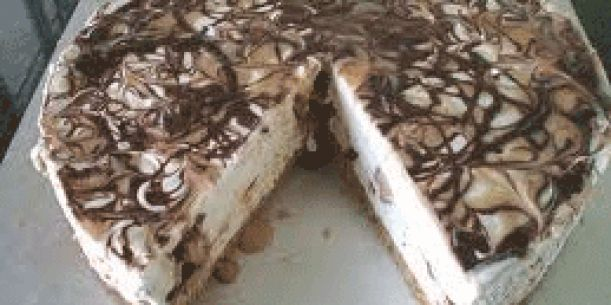 Mars Bar Cheesecake | Stay at Home Mum