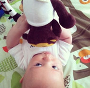 """""""He plays with his toys on his play mat now!"""" Thank you, Miranda! #fans #babeetalk"""