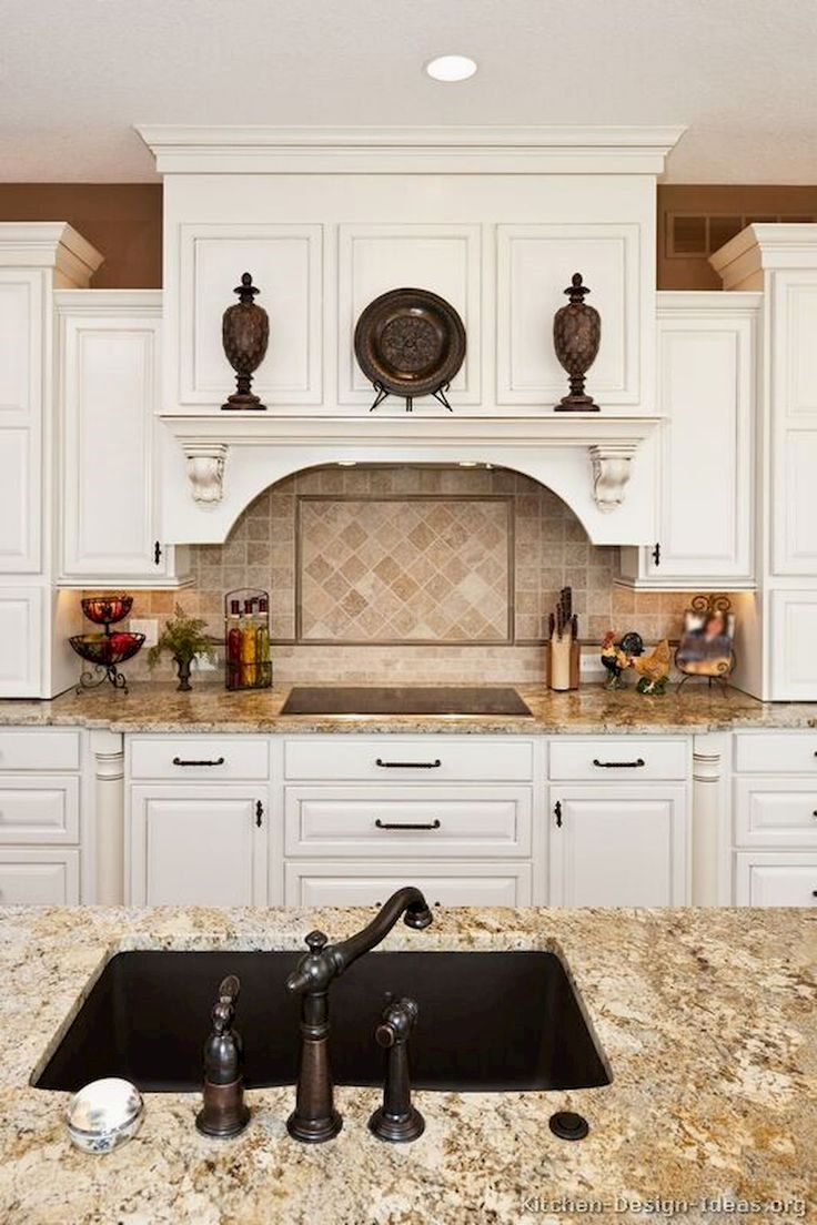 Brown Kitchen Cabinets Backsplash Ideas And Pics Of Stinky Kitchen Cabinet Kitchencabinets Kitchen Cabinets Decor New Kitchen Cabinets Classic White Kitchen