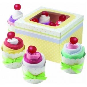 Maak een leuk baby shower cadeau met deze set. Maak cupcakes van bijvoorbeeld sokken, washandjes, tshirts of rompers.