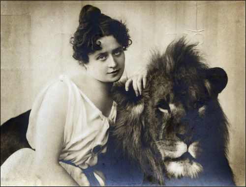 Miss Claire Heliot - circus lion tamer 1904 (by unexpectedtales)