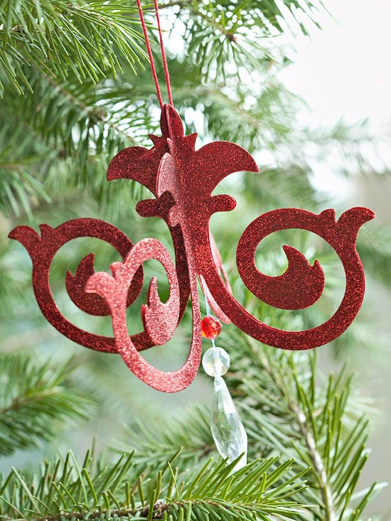 Make a Chandelier Ornament  Use a chandelier die to make this elegant ornament for your Christmas tree.