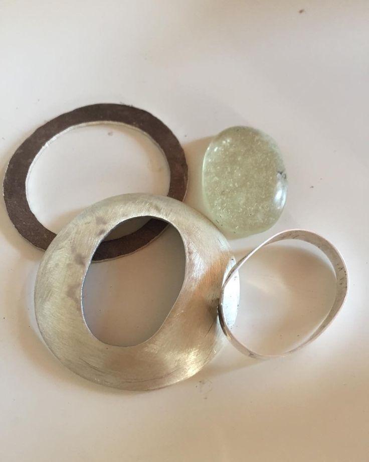"""Gefällt 0 Mal, 1 Kommentare - Rainer Schnell (@rainer_italien) auf Instagram: """"Das wird was! 😉 #Goldschmiede #goldsmith #silverjewelry ..."""""""