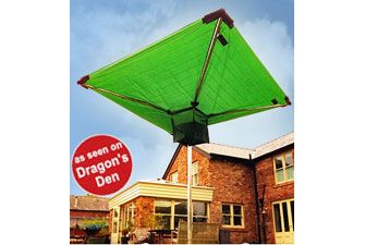 Washing line cover protects your washing from rain showers