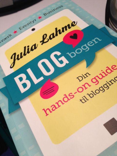 Blog bogen - med trin for trin guide til opsætning af blog og etablering følgere. SUPER læsning for nye bloggere.