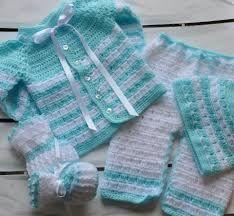 Resultado de imagen para saquitos para bebes recien nacidos en crochet