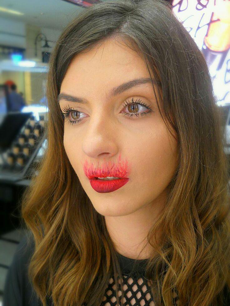 Lips on fire MAC Retromatte #maccosmetics #macretromatte #andreeacobzaru #makeupartist