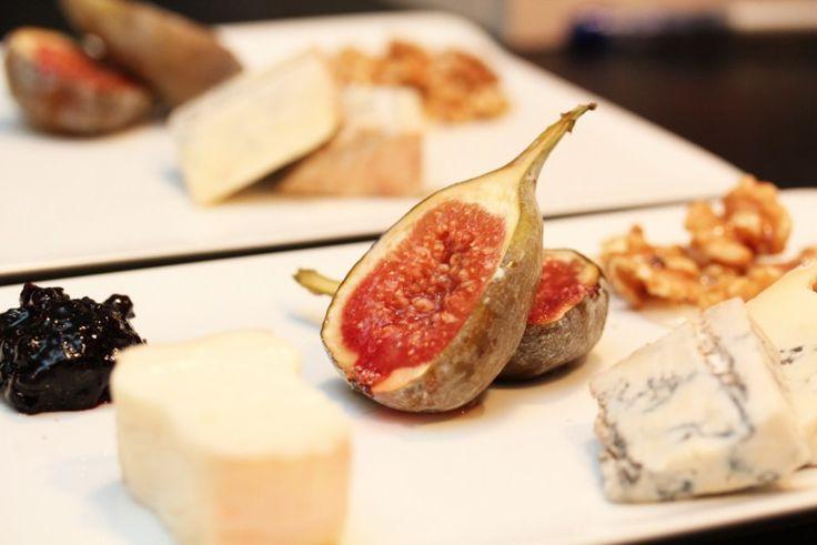 Ovnsbakte fiken med ost
