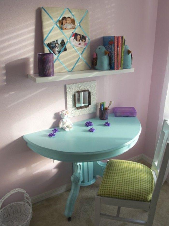 zaag een oud meubel in tweeen en maak er een kaptafel enz. van