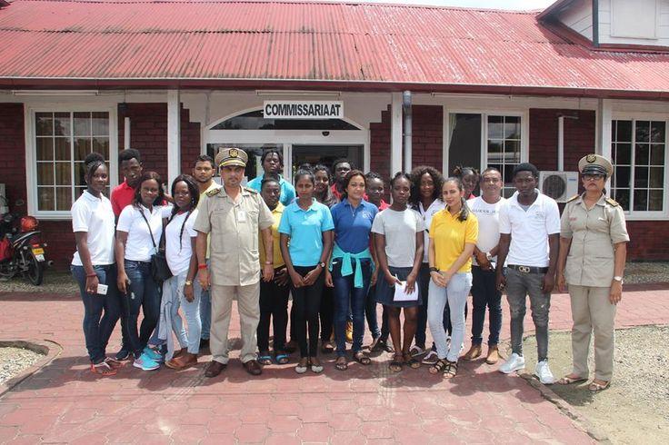 Op vrijdag 9 juni 2017 en zaterdag 10 juni 2017 brachten tweedejaars studenten van het Instituut voor Middelbaar Economisch en Administratief Onderwijs 5 t