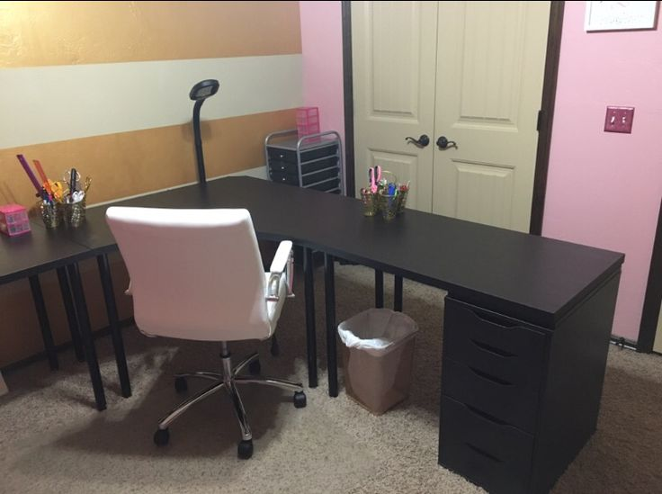 23 best desks images on Pinterest   Desks, Bedrooms and ...