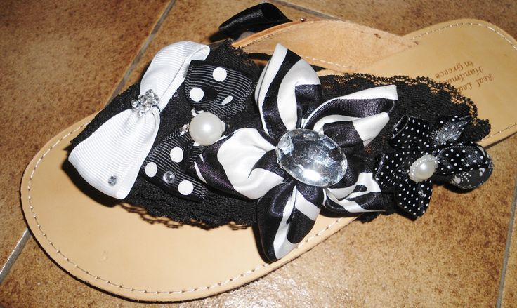 handmade decorated sandals black and white with bows,strass and pearls #σανδαλια #χειροποιητα #handmade #sandals #summer #summersandals #black #bows #flowerapplique