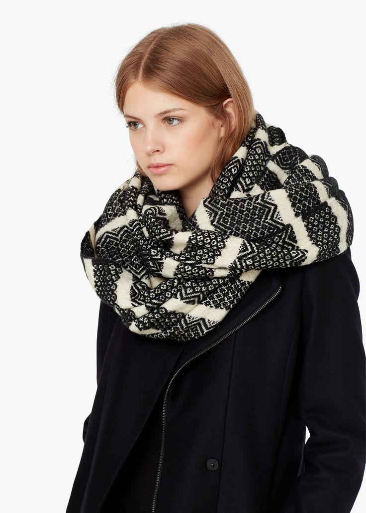 Tweekleurig gestreepte sjaal | MANGO