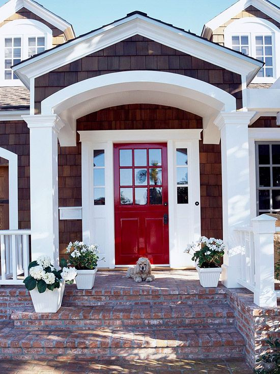 White trim and a red front door. Beautiful! This is the door
