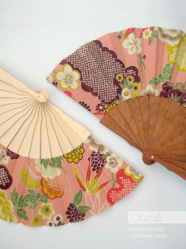 Asian flowers and clouds. Bridal party fans by Olelé. #bridal #party #fans #asian #wedding #gift #ideas