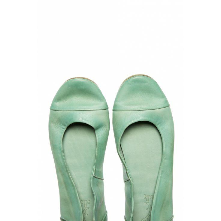 The perfect minty ballet flat #elkaccessories #dreamsummer