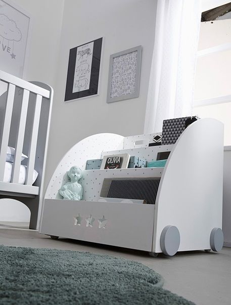die 25 besten ideen zu b cherregal kinderzimmer auf. Black Bedroom Furniture Sets. Home Design Ideas