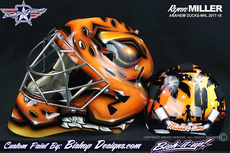 Ryan Miller brings family to the beach on newest mask